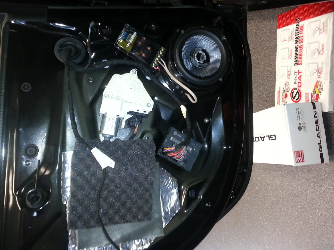 Audi A4 upgrade Gladen RS serie